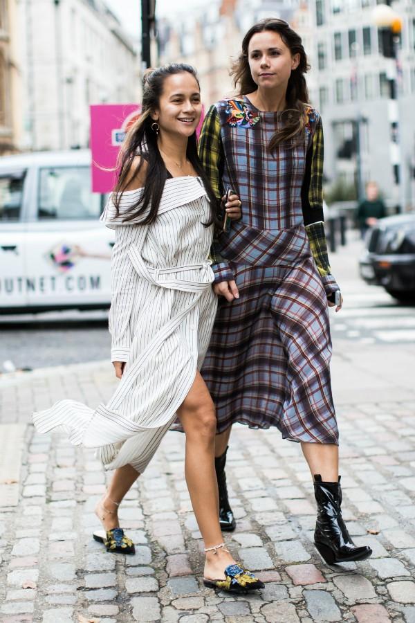 Prefira vestidos soltos ou marcados na cintura para combinar com os mules (Foto: Imaxtree)