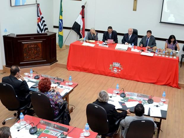 Dois projetos foram apreciados em caráter de urgência nesta segunda-feira (28) (Foto: Câmara Municipal de Presidente Prudente/Divulgação)