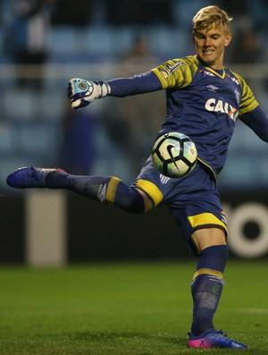 Douglas Friedrich Avaí (Foto: Cristiano Andujar/AGIF/Estadão Conteúdo)