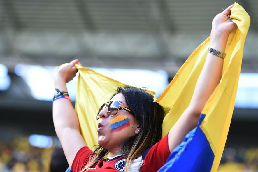 Torcedora representou a beleza latina da Colômbia nas arquibancadas do Castelão