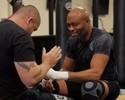 De olho em Bisping, Spider acelera preparação para o UFC Londres; assista