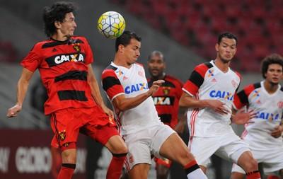 Leandro Damião Sport x Flamengo (Foto: Chico Peixoto/Leia Já Imagens/Estadão Conteúdo)