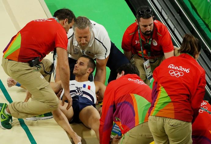 Samir Ait Said quebra a perna na Olimpíada (Foto: Getty Images)