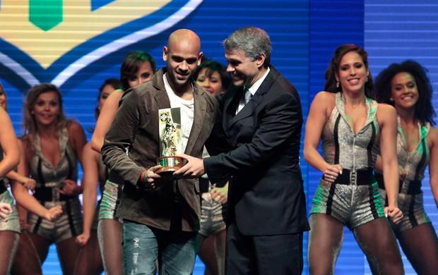 Carlinhos lateral esquerdo Brasileirão 2012 (Foto: Miguel Schincariol / Globoesporte.com)