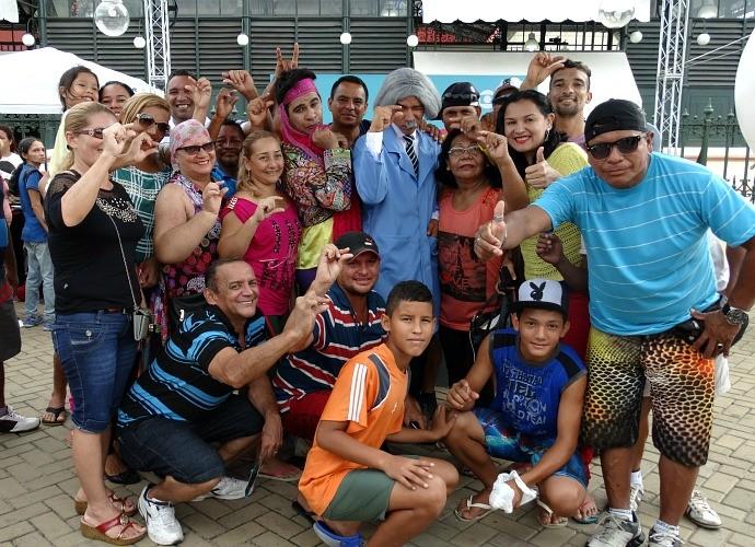 Rede Amazônica realiza ação de estreia da Escolinha do Professor Raimundo, em Manaus (Foto: Onofre Martins/Rede Amazônica)