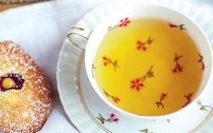 Madeleines com creme de limão da chef Rachel Khoo - 'Pequena Cozinha em Paris'