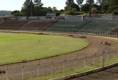 Estádio Taquarão, em Taquaritinga (Foto: Márcio Meirelles / EPTV)