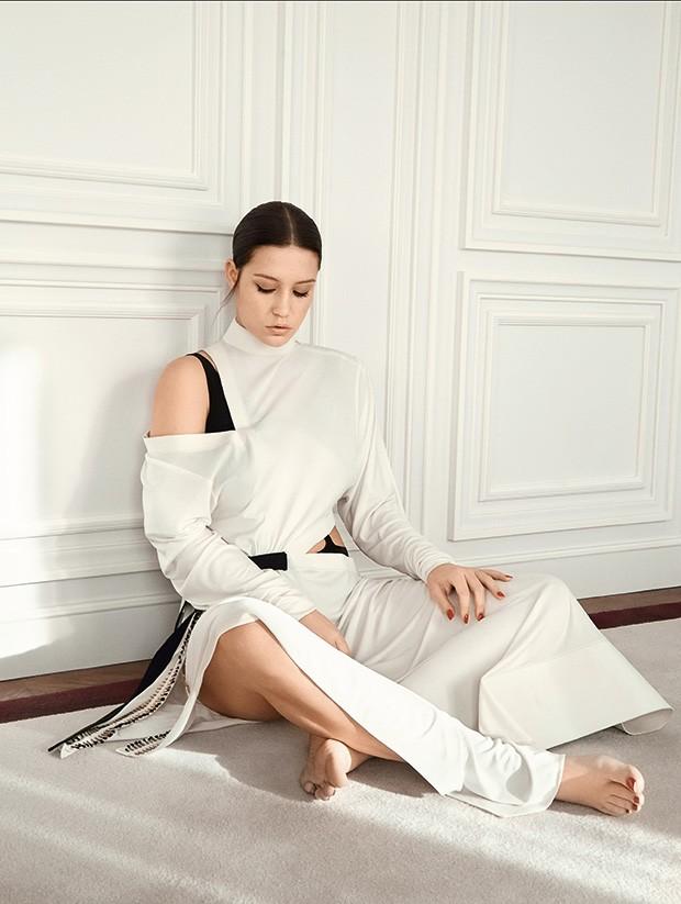 Vestido de seda e jérsei, preço sob consulta (Foto: Fe Pinheiro)