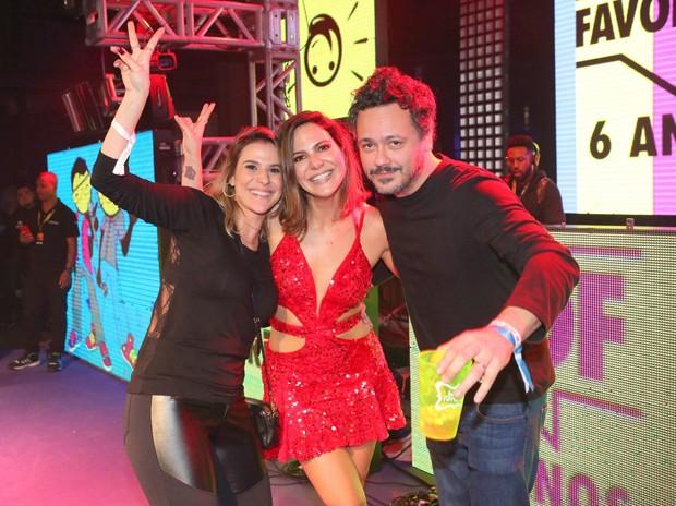 Sheila Ramos e Danton Mello com Carol Sampaio (Foto: Reginaldo Teixeira/CS Eventos Divulgação)