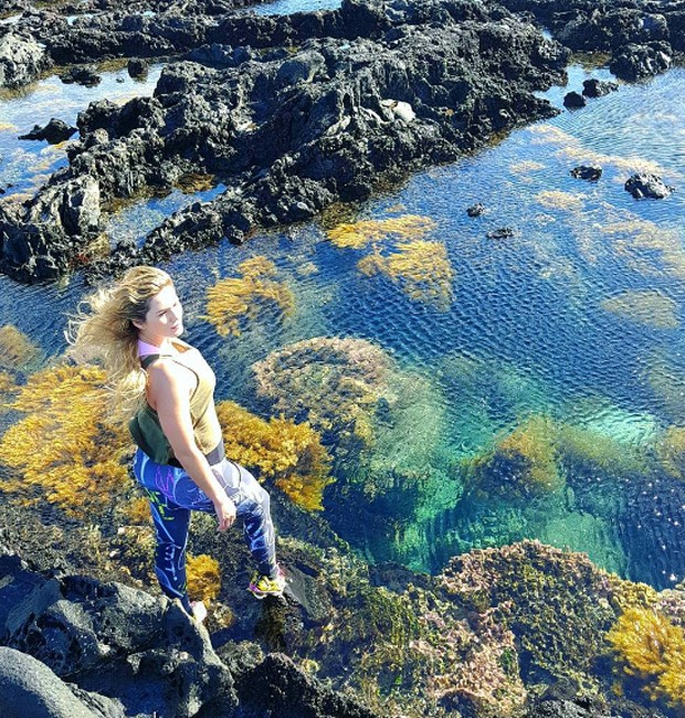 Lívia Andrade contempla belezas da Ilha da Páscoa (Foto: Reprodução/Instagram)