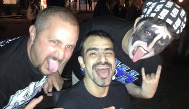 O casal Alício e Luciana foram ao show do Kiss na companhia do amigo Alexandre (Foto: Divulgação/RPC)