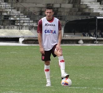 Pery, lateral do CRB (Foto: Leonardo Freire/GloboEsporte.com)