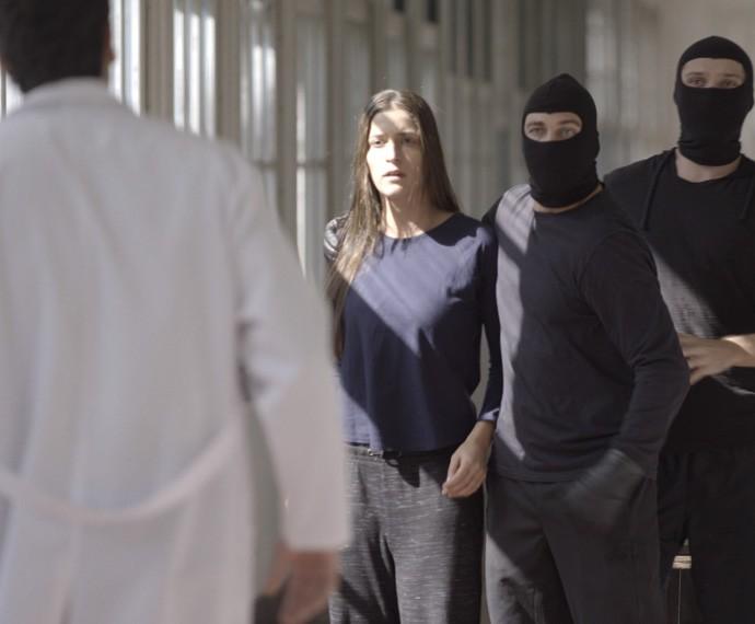 Lobão está cada vez mais perto da nova vingança que bolou (Foto: TV Globo)