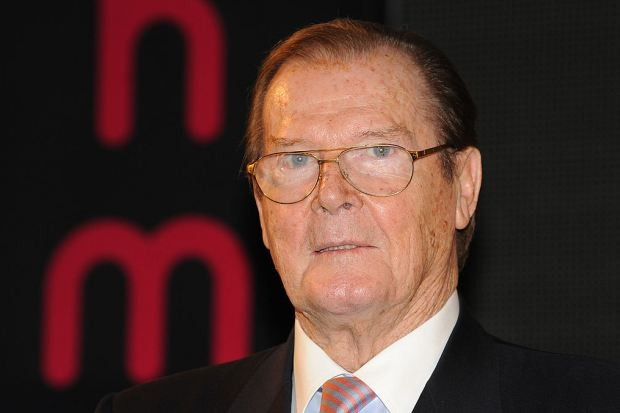 Sir Roger Moore em 2012 (Foto: Stuart C. Wilson/Getty Images)