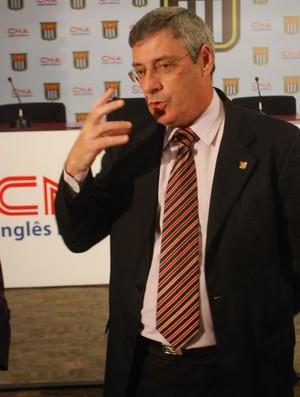 Coronel Marinho em coletiva da FPF (Foto: Marcos Guerra/Globoesporte.com)