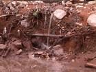 Cratera criada por erosão vira local para descarte de pneus no Cesamar