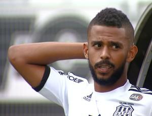 Renato Chaves, zagueiro da Ponte Preta (Foto: Jeferson Barbosa/ EPTV)