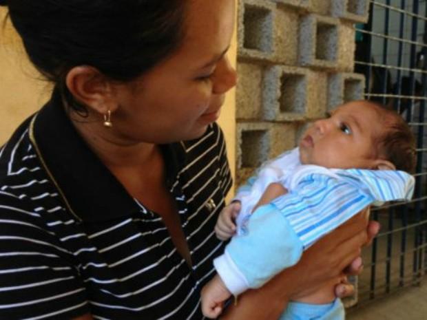 José Ravi é um dos 641 bebês que nasceram com microcefalia em PE (Foto: Divulgação / BBC)