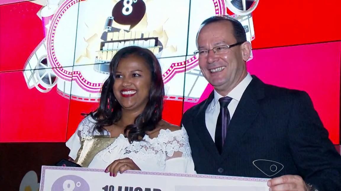 A repórter Serli Santos ganhou o 1º luguar na categoria telejornalismo (Foto: Reprodução/ TV Gazeta)