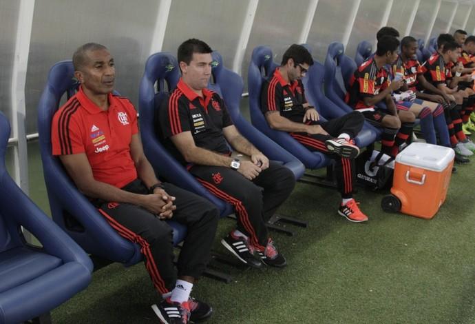 Cristóvão Borges no banco de reservas (Foto: Gilvan de Souza / Flamengo)