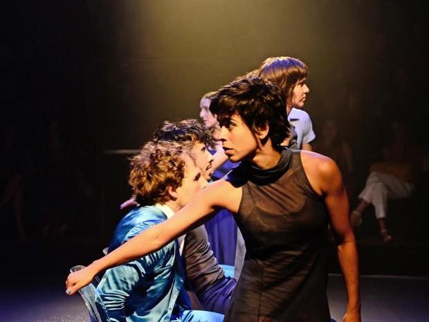 Espetáculo conta com oito artistas  (Foto: Divulgação)