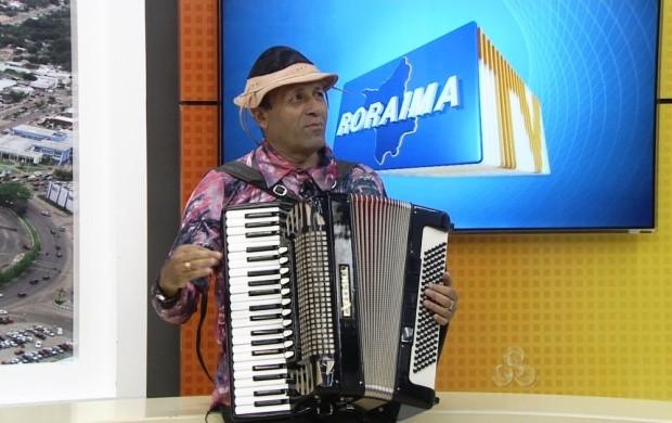 Sanfoneiro do Nordeste faz show em espaço cultural de Boa Vista (Foto: Roraima TV)