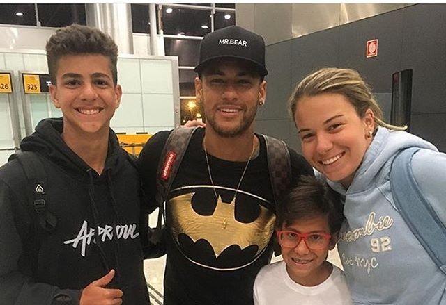 Neymar volta a Barcelona (Foto: Reprodução / Instagram)