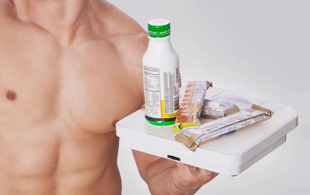homem suplemento nutricional eu atleta (Foto: Getty Images)