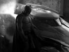 Ben Affleck aparece pela primeira vez caracterizado como Batman