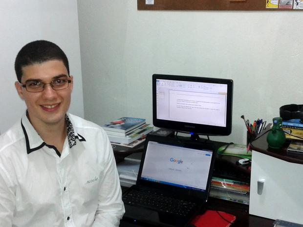 Wilk Oliveira ganhou prêmio por virtualizar jogos tradicionais (Foto: Arquivo Pessoal)
