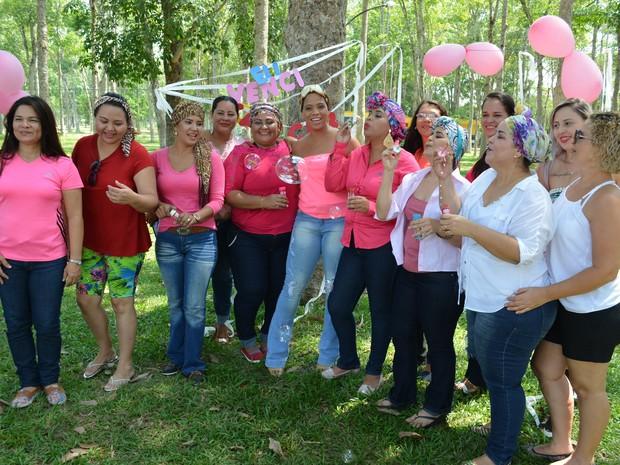 Amizade ajuda mulheres a continuar tratamento contra o câncer em RO (Foto: Matheus Henrique/G1)