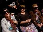 Peça de teatro desperta sensações do público com os olhos vendados