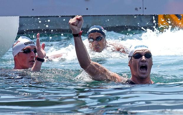 Spyridon Gianniotis comemoração maratona aquática Barcelona (Foto: Reuters)