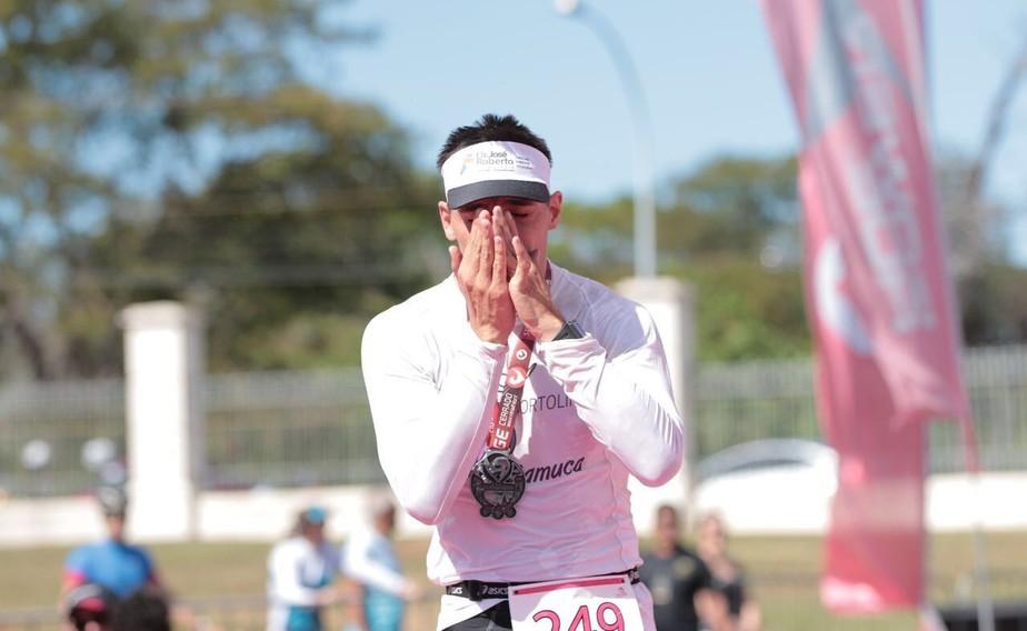 Samuel dribla paralisia, vira triatleta e exemplo de superação e amor pelo esporte