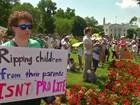 Manifestantes protestam nos EUA contra política de imigração de Trump