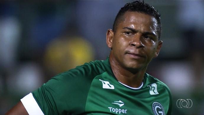Walter - atacante do Goiás (Foto: Reprodução / TV Anhanguera)