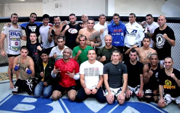 Wanderlei treinando em Curitiba com Shogun, Serginho Morais e Equipe Evolução  (Foto: Arquivo Pessoal)