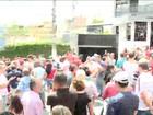 Militantes fazem vigília em frente a prédio de Lula, no ABC