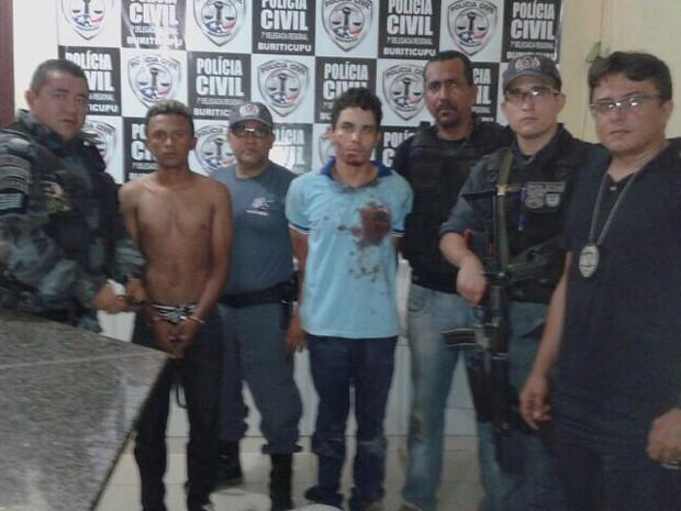 Três suspeitos pela morte do passageiro foram presos (Foto: Divulgação / Polícia Civil)