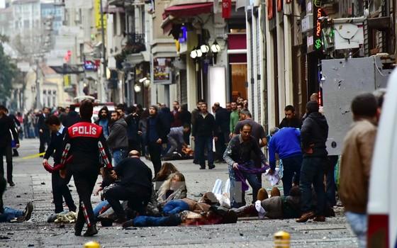 Atentato em Istambul que deixou cinco morts (Foto: AFP)