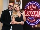 Tiago Abravanel recebe famosos em apresentação em São Paulo