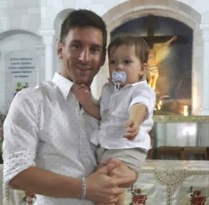 Messi em Rosário (Foto: Facebook)