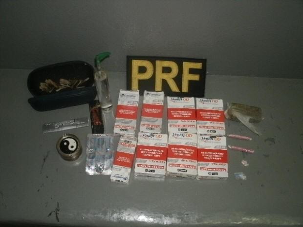 Drogas foram apreendidas pela Polícia Rodoviária Federal (Foto: Divulgação / Polícia Rodoviária Federal)