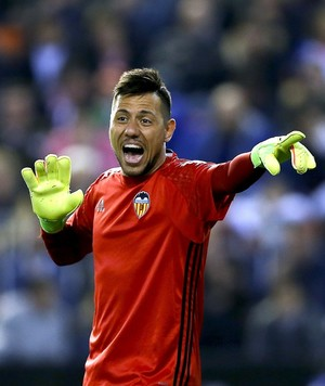 Diego Alves Valencia x Real Madrid (Foto: EFE)