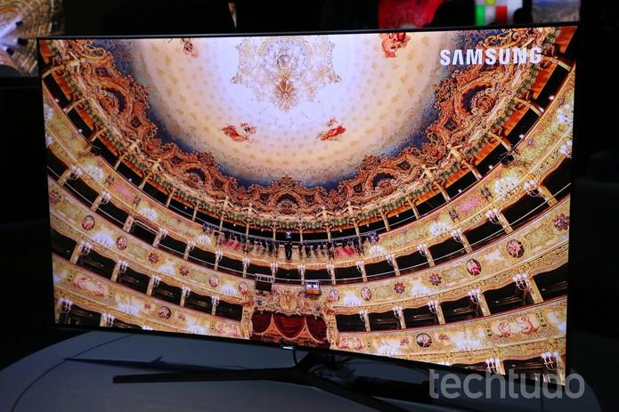 TV SUHD com 65 polegadas e custa R$ 19.999 (Foto: Luciana Maline/TechTudo)