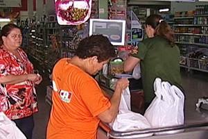 Empresários do setor supermercadista procuram funcionários (Foto: Reprodução/TV Integração)