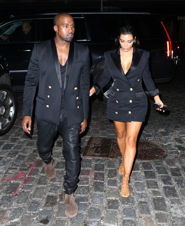 X17 - Kim Kardashian e Kanye West em Nova York, nos Estados Unidos (Foto: X17online/ Agência)