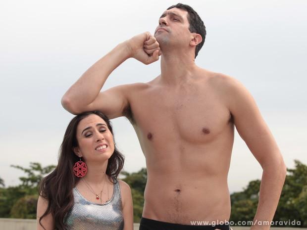 Gustavo Borges e Tatá Werneck se divertiram bastante nos bastidores das gravações (Foto: Amor à Vida / TV Globo)