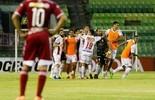 Huracán garante vaga na marra com um a menos e gol nos acréscimos (EFE)