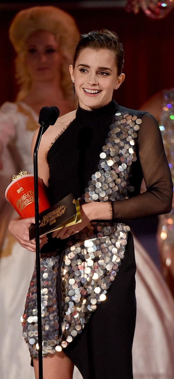 Emma Watson recebe pipoca de ouro em festa da MTV (Foto: Getty Images) (Foto: Getty Images)
